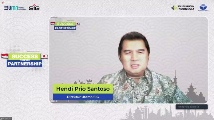 Direktur Utama SIG, Hendi Prio Santoso memberikan sambutan pada acara seremoni